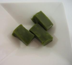 緑茶ペーストを使った羊羹